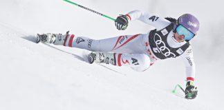 Anna Veith en pleno descenso con gafas Bollé