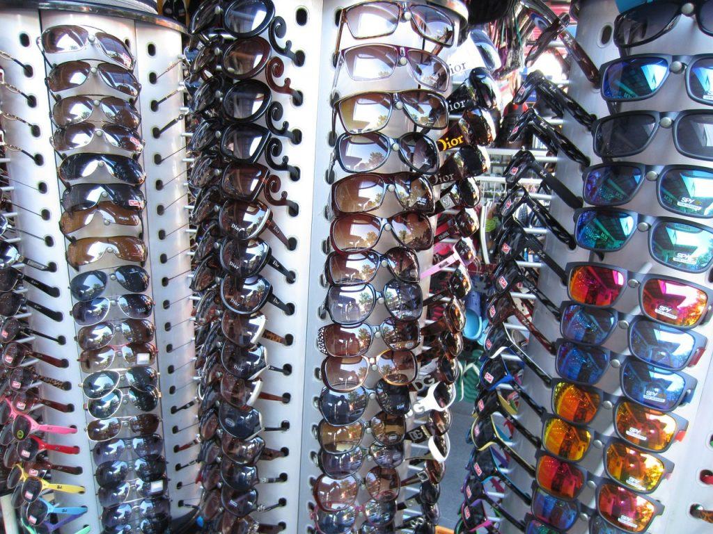 Las gafas de sol mejor compradas en establecimientos sanitarios. Fuente: Pixabay