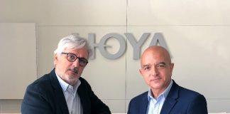 José Fraile (derecha) sustituye a Mariano Llanas al frente de Hoya Lens Iberia