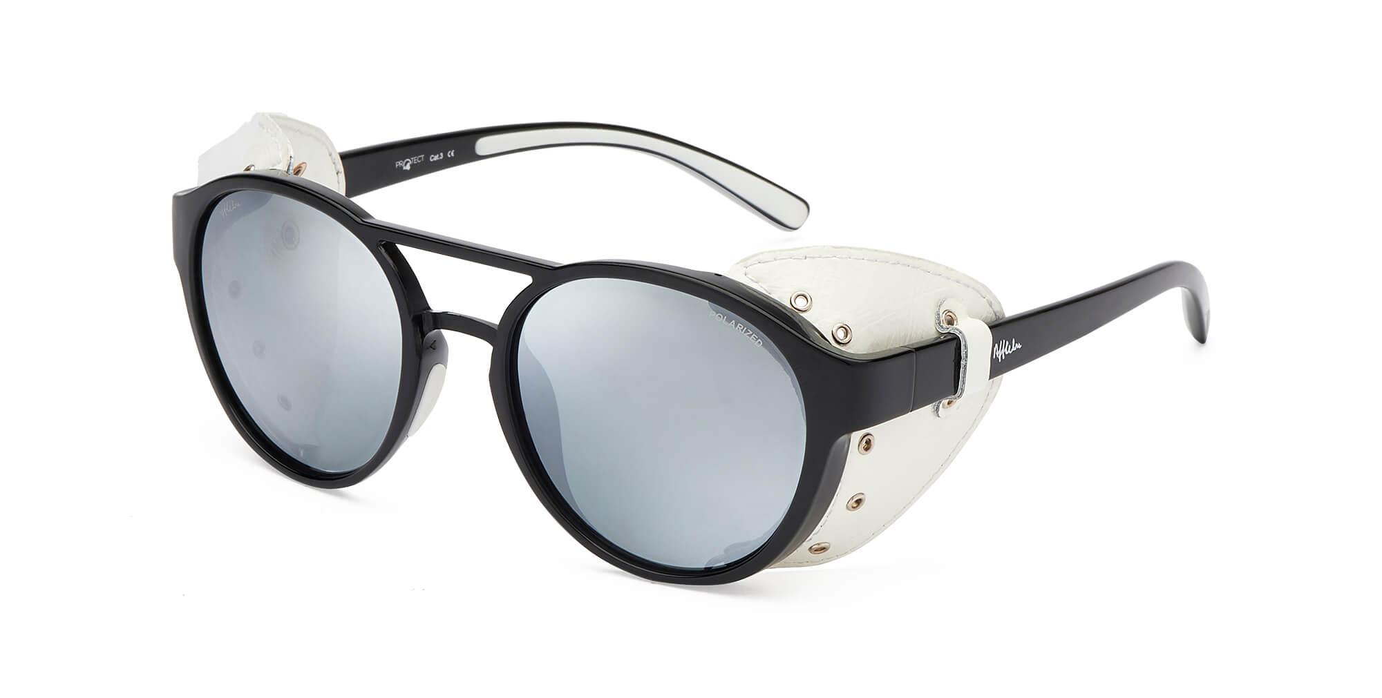 9b46621d1f También incluye remaches metálicos para evitar el riesgo de vaho en las  gafas.
