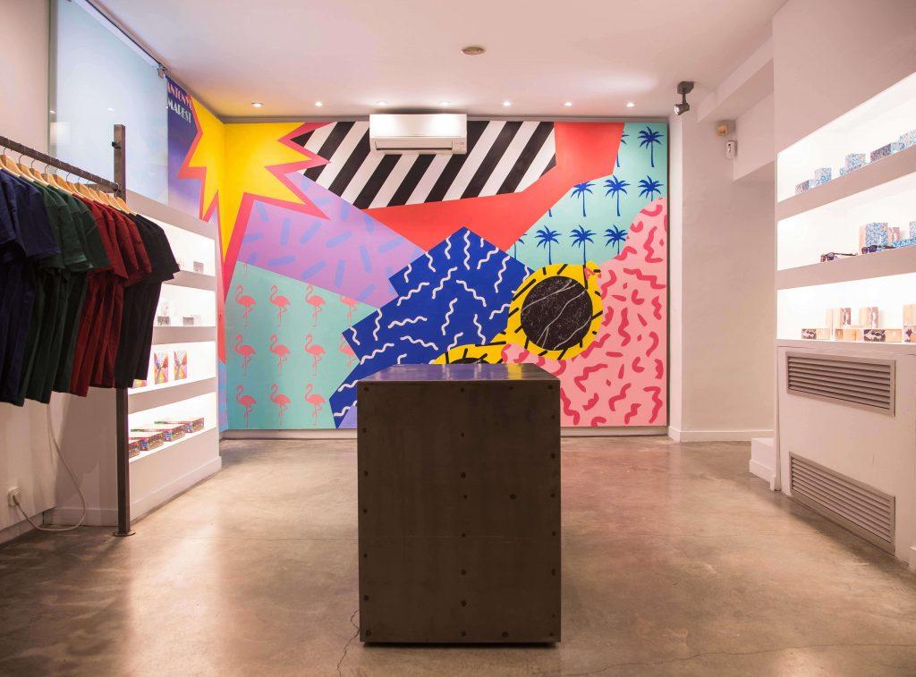 Mural de Antonyo Marest en la tienda Flamingo de Madrid