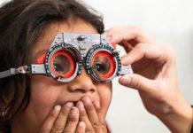 Informe Essilor erradicación problemas visuales
