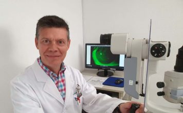 Jesús Carballo Álvarez, Óptico-Optometrista, PhD.